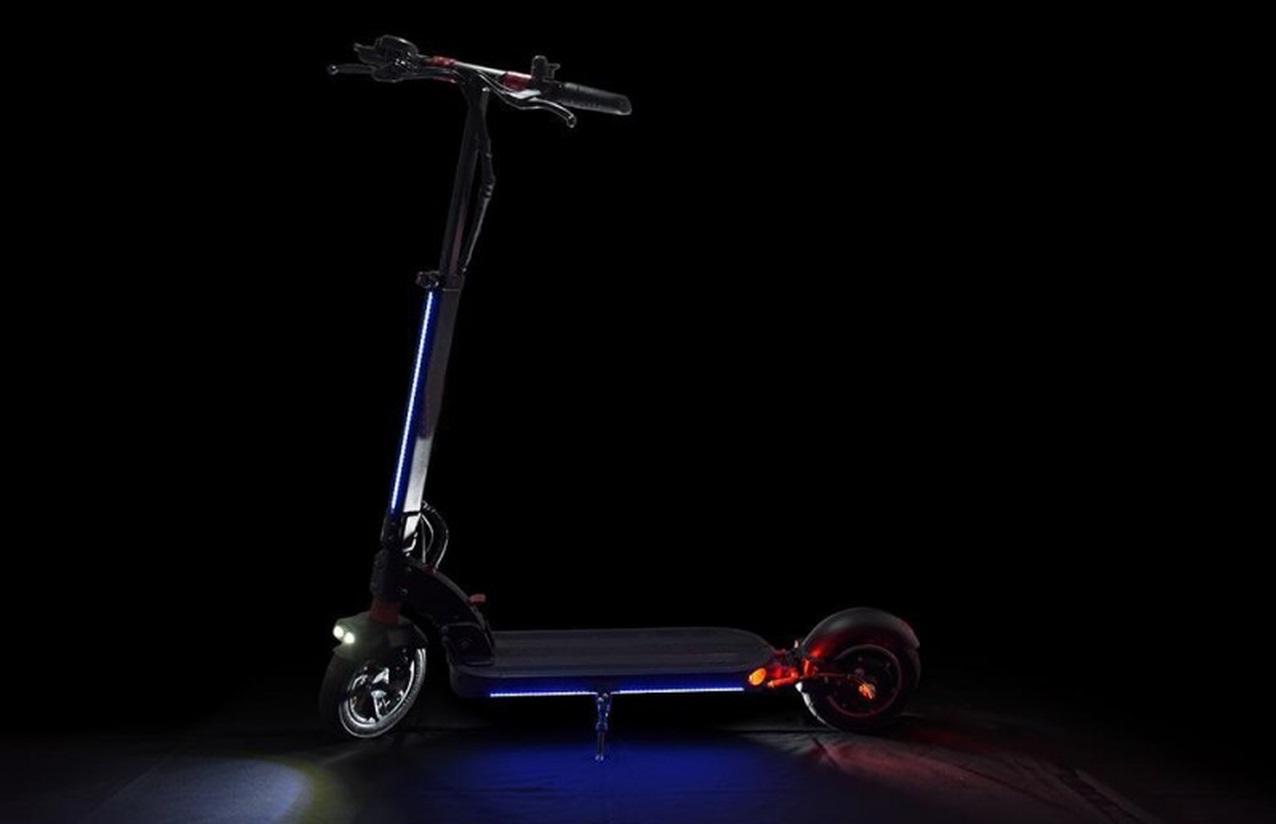 Oświetlenie LED - hulajnoga elektryczna Techlife X6